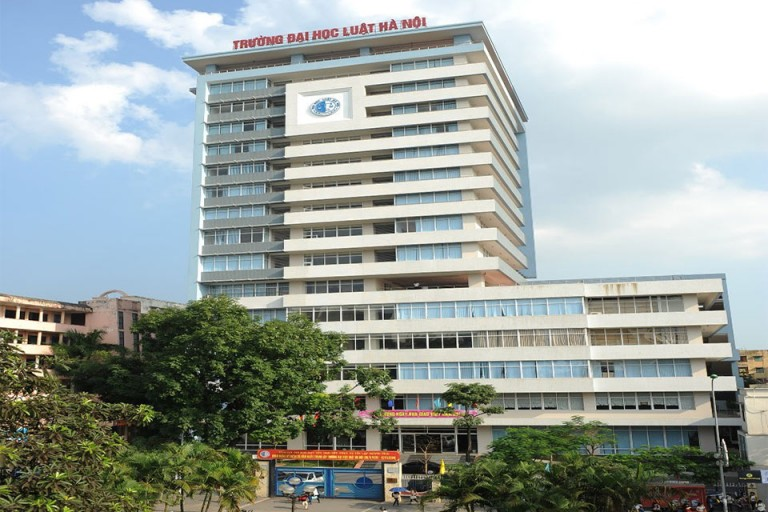 Đại học Luật Hà Nội